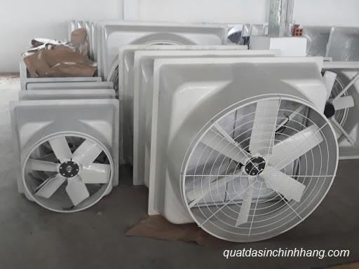 quạt thông gió gắn tường composite